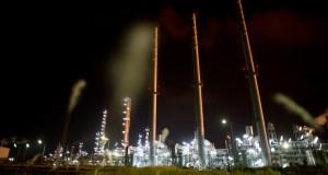 Suasana pertamina oil field, Balongan Indramayu, Jawa Barat, Minggu (3/11)