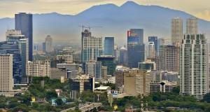 Suasana lanskap tata ruang kota Jakarta dengan komposisi rumah hunian dan gedung-gedung perkantoran, Selasa (26/11).