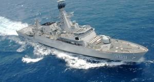 Kapal Republik Indonesia (KRI) kelas Multi Role Light Fregate (MRLF) KRI Usman Harun (USH)-359 melintas diperairan Karimunjawa, Jawa Tengah, Minggu (28/9).