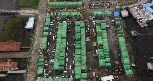 Foto udara deretan peti kemas di pelabuhan Paumako, Mimika, Timika, Papua,