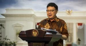 Mendagri Tjahjo Kumolo memberi keterangan pers seusai mengikuti sidang kabinet paripurna di Kantor Presiden, Kompleks Istana Kepresidenan, Jakarta, Rabu (4/2).