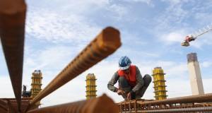 Gudang seluas 56.000 m2 terdiri dari  3 lantai ini, selesai digarap ADHI pada akhir Agustus 2015 mendatang dengan nilai kontrak sekitar Rp 215 miliar.