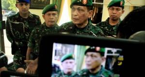 Pangdam IM, Mayjen TNI Agus Kriswanto memberi keterangan kepada wartawan usai meliha langsung perkembangan dan kondisi daerah pasca penculikan