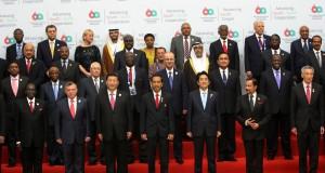 Foto Bersama 32 Kepala Negara Asia Afrika di Plenary Hall Jakarta Convention Center 22 April 2015