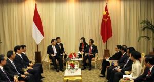 Pertemuan Bilateral Indonesia Tiongkok didampingi Sejumlah Menteri Di Jakarta Convention Center 22 April 2015