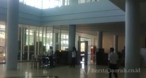 Suasana terminal keberangkatan bandar udara Komodo, Labuan  bajo