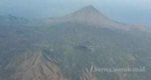 Gunung Inerie 1