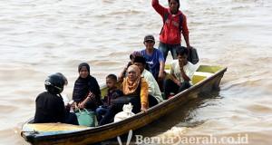 angkutan di sungai kapuas