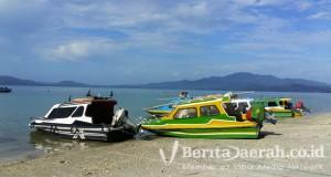 Pantai--Wairiang-di-Pulau-Haruku