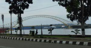 jembatan di kutai