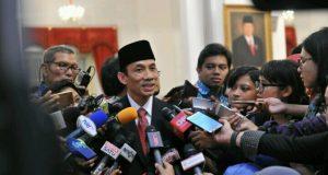 Archandra Tahar  usai dilantik sebagai Menteri ESDM oleh Presiden Jokowi, Istana Negara, Jakarta, Rabu (27,7) siang. (Foto:,Humas Kominfo)
