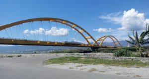 Jembatan Palu IV di kota Palu Sulawesi Tengah (Photo: Deviyani/BD)