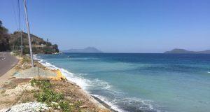 Pantai Batu Biru Ende NTT