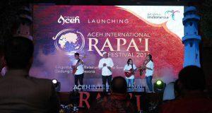 Pertunjukan Gendang Rapa'i dalam acara Launching Pagelaran Aceh Internasional Rapa'i Festival bertempat di Balairung Soesilo Soedarman, Gedung Sapta Pesona