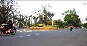 monumen kediri sy