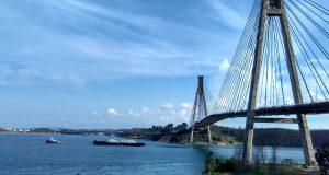 Pembangunan infrastruktur Jembatan Penghubung