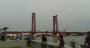 Jembatan Ampera Palembang (Photo: Beritadaerah.com)