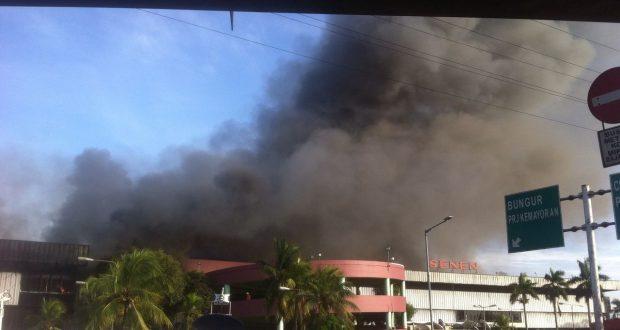 Kebakaran di pasar senin