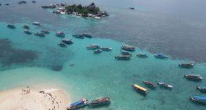 Suasana pantai pulau lengkoas dari mercusuar2