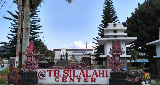 Tb Silalahi 1